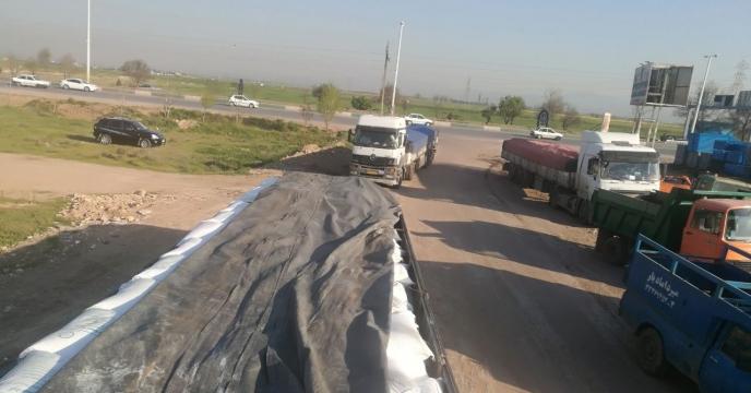 در دی ماه سالجاری بیش از 700 تن انواع کود شیمیایی در شهرستان تاکستان توزیع شده است.