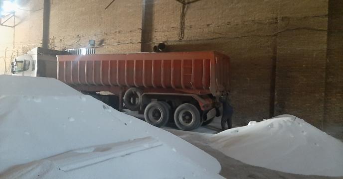 تأمین کرایه حمل 2340 تن کود شیمیایی از بندر امام خمینی به استان قزوین