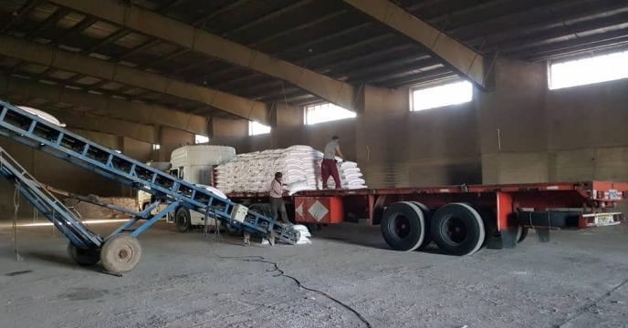 تأمین اعتبار ریالی کرایه حمل آزاد 100 تن کود شیمیایی از مبادی