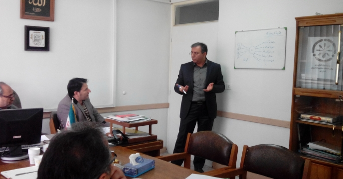 بازدید آقای دکتر شورج قائم مقام محترم مدیرعامل از شرکت در استان قم