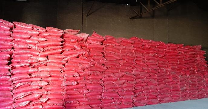 توزیع 145  تن کود نیترات آمونیوم سولفات در استان قزوین