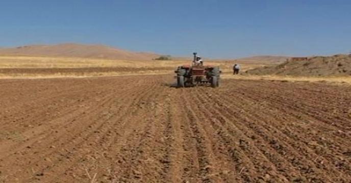 یک میلیون هکتار زمین کشاورزی کشور از گردونه تولید خارج شده است