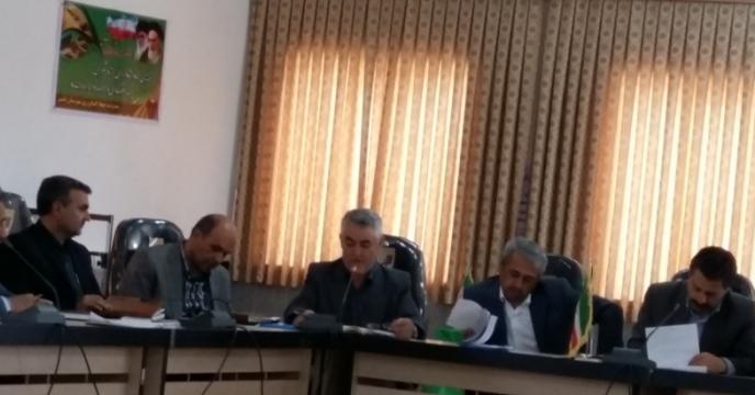 جلسات منطقه ای در خصوص دانه های روغنی و سبد کودی و باشگاه کشاورزان