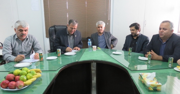 برگزاری نشست صمیمی دکتر شورج با کارکنان مازندران