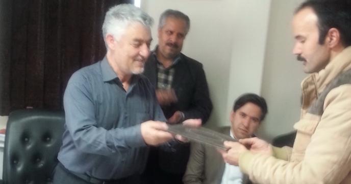 اهداء جوایز برندگان مسابقه برنامه تلويزيونی باشگاه کشاورزان تبريز