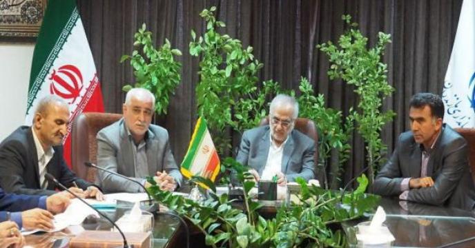 حضور مدیر مازندران در دیدار صمیمی مدیران بخش کشاورزی با استاندار مازندران