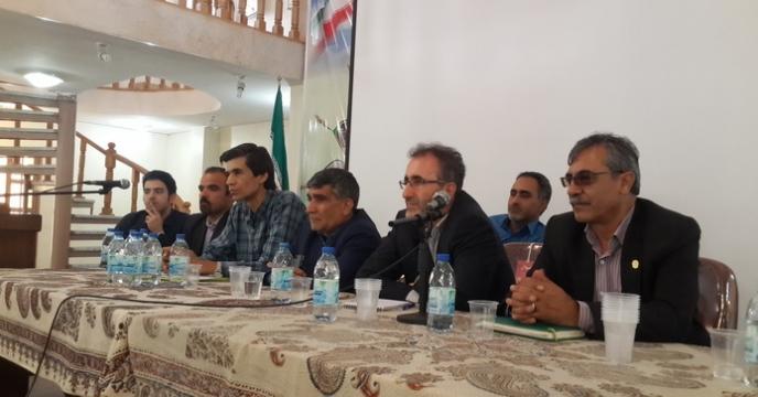 برگزاری کارگاه آموزشی ترویجی نهاده های کشاورزی غیر تکلیفی در اصفهان