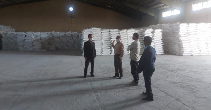 بازدید مدیر شرکت خدمات حمایتی کشاورزی استان بوشهر از انبار سازمانی کود بنداروز