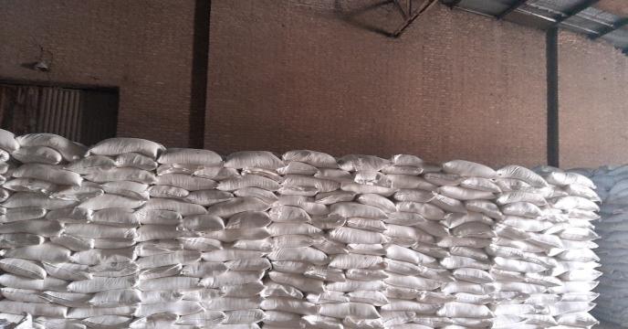 توزیع 35 تن کود نیترات آمونیوم سولفات در شهرستان آبیک