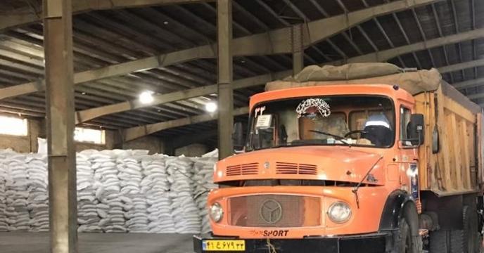 تامین و ارسال 65 تن کود اوره  به شهرستان مهاباد