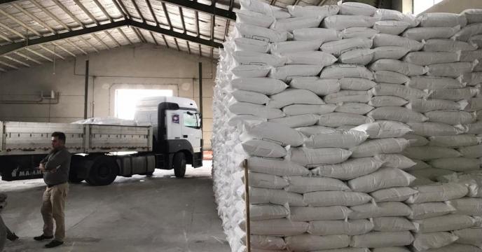 تامبن و ارسال مقدار 50 تن کود اوره  به شهرستان چالدران