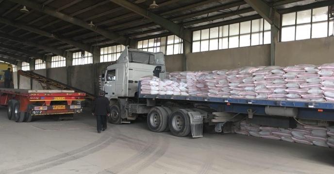 1700 تن کود شیمیایی سوپرفسفات تریپل از مبداء بندرعباس حمل و در انبار کارگزاران و انبار سازمانی استان آذربایجان شرقی تخلیه شد