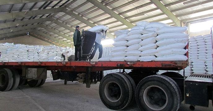 ارسال کود شیمیایی اوره به شهرستان نهاوند استان همدان