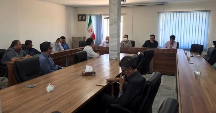 اولین نشست مدیر شرکت خدمات حمایتی کشاورزی استان آذربایجان غربی با همکاران در سال جهش تولید