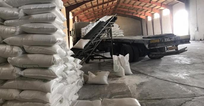 تامبن و ارسال مقدار 81 تن کود اوره  و نیترات آمونیم سولفات به شهرستان پلدشت