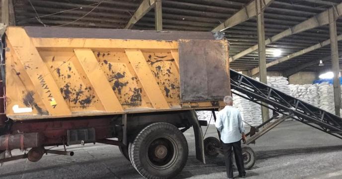 تامبن و ارسال مقدار 10 تن کود اوره  به شهرستان چالدران