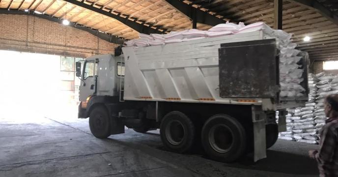 تامبن و ارسال مقدار 17 تن کود اوره   و سوپر فسفات تریپل به شهرستان ارومیه