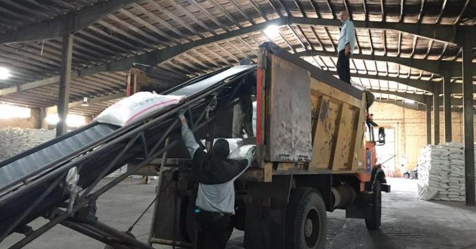 تامبن و ارسال مقدار 10 تن کود سولفات پتاسیم و سوپر فسفات تریپل به شهرستان نقده