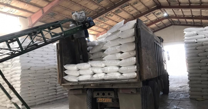 تامبن و ارسال مقدار 10 تن کود سوپر فسفات تریپل به شهرستان میاندوآب