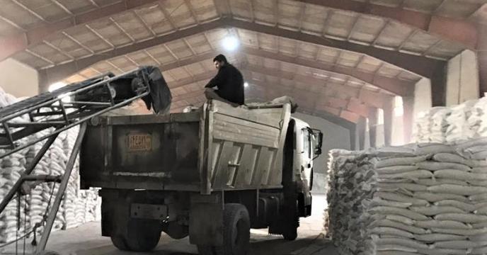 تامین و ارسال مقدار پنجاه هزارو  213  تن انواع کودهای شیمیایی به شهرستانهای استان در نه ماهه اول سال 1399