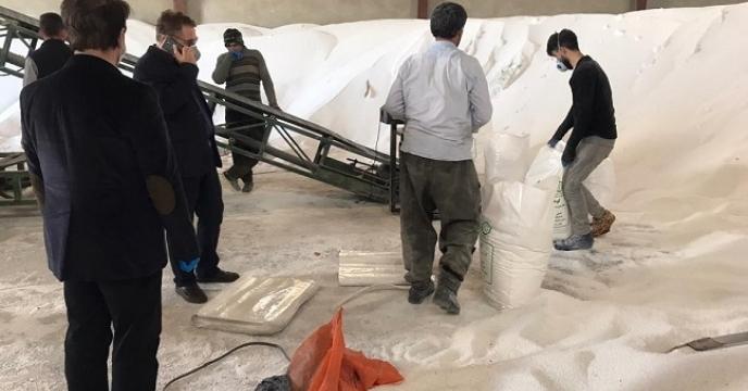 تامین و توزیع 100 تن کود اوره در شهرستان گرمسار