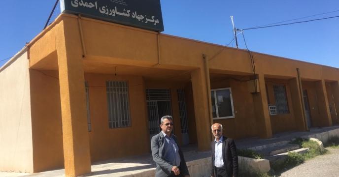 بازدید مدير شركت خدمات حمايتي كشاورزي استان هرمزگان توزیع کود شهرستان حاجی آباد