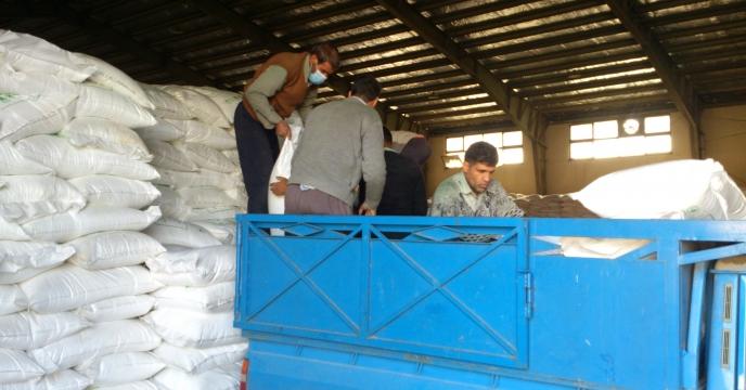 توزیع مستقیم کود شیمیایی به کشاورزان از انبار سازمانی البرز