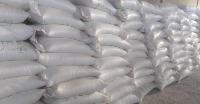 تأمین ۲۵ تن کود شیمیایی اوره در روستای چهارروستایی شهرستان گناوه