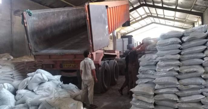 تأمین ۴۶ تن کود شیمیایی اوره در روستای دهقاید شهرستان دشتستان