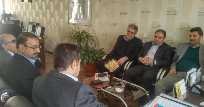 جلسه عضوهیئت مدیره با معاون سازمان جهادکشاورزی استان کرمان
