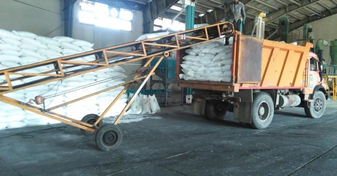 توزیع 10 تن کود سولفات پتاسیم گرانوله در شهرستان فردیس