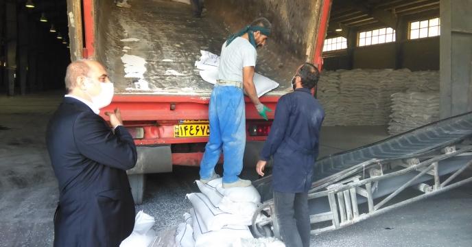 ورود و تخلیه کود نیترات آمونیوم به انبارهای سازمانی استان البرز