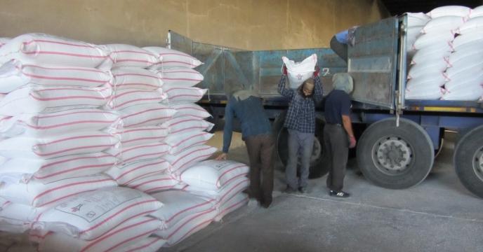 حمل مستقیم نهاده های کشاورزی به انبار کارگزاران