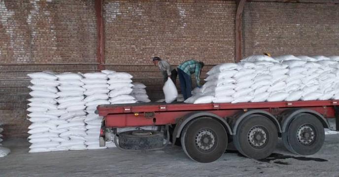 توزیع 50 تن کود شیمیایی  در شهرستان هوراند