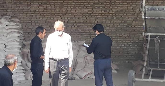 بازدید از شرایط انبار درخواست عاملیت جدید کارگزاری تعاونی روستایی روستای گلین قیه
