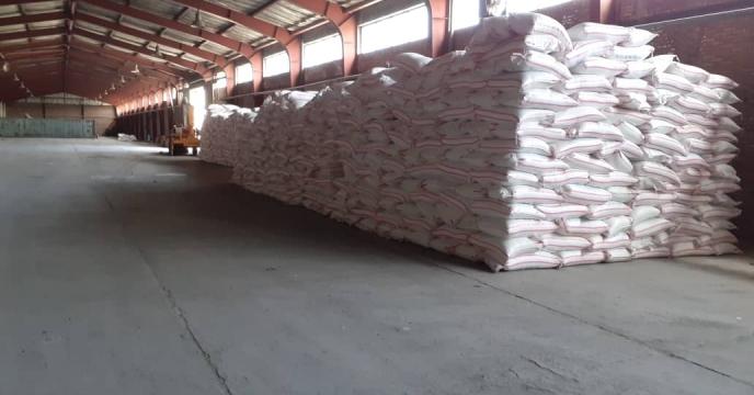 توزیع 40 تن کود آلی فسفات گرانوله در استان آذربایجان شرقی