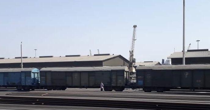 اتمام عملیات بارگیری کود شیمیایی سوپر فسفات تریپل در واگن