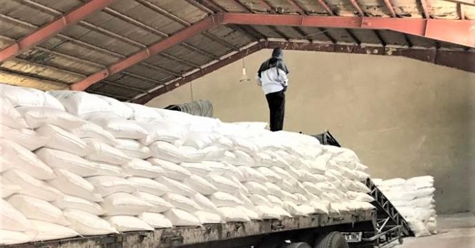 تامبن و ارسال مقدار 75 تن کود اوره  به شهرستان مهاباد
