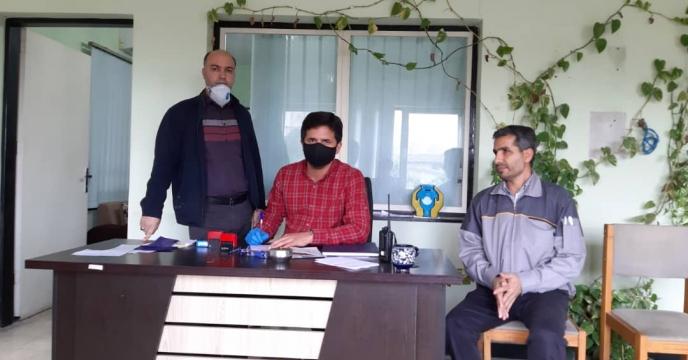 خدمات رسانی به کارگزاران و کشاورزانی گلستانی با رعایت اصول بهداشتی و خود مراقبتی