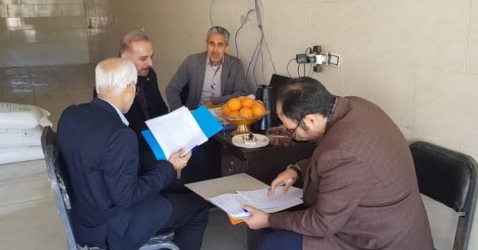 بازدید کمیته بازرسی و پایش کود استان از شهرستان حاجی آباد