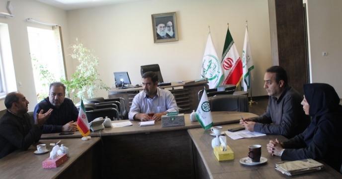 جلسه هماهنگی مدیریت مجتمع با مدیریت مرکز تحقیقات کاربردی نهاده های کشاورزی کرج