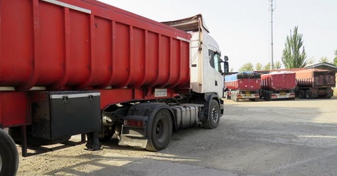 بارگیری 26 کامیون کودشیمیایی از مبدأ بندرامام خمینی(ره) به استان همدان