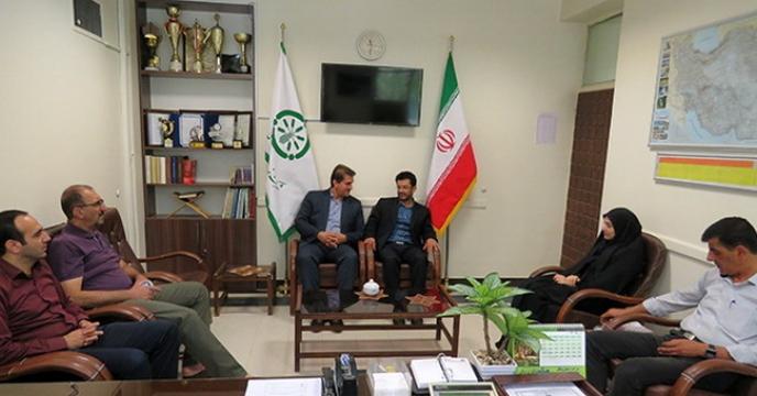 جلسه فروش وکالتی ماشین ها و ادوات کشاورزی در محل مدیریت شرکت خدمات حمایتی کشاورزی استان همدان برگزار گردید.