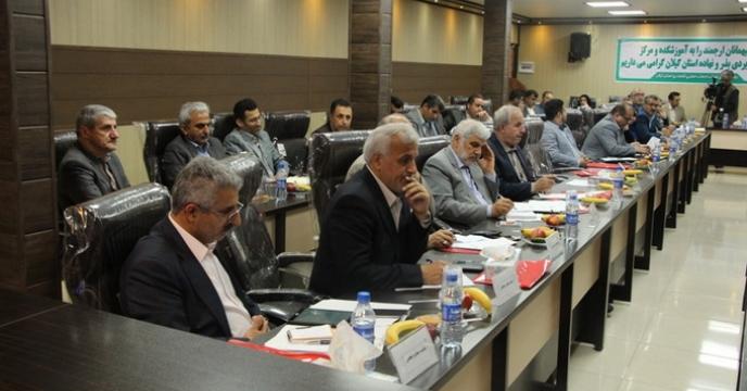 جلسه هم اندیشی دستگاه های خانواده بزرگ جهادکشاورزی با نمایندگان محترم مجلس شورای اسلامی