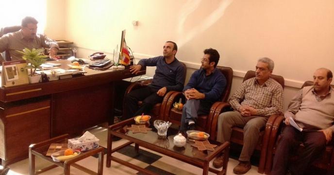 نشست مدیر شرکت خدمات حمایتی کشاورزی استان همدان با کارکنان آن مدیریت