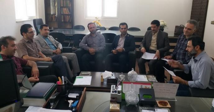 تشکیل جلسه با اهداف راهبردی و عملیاتی در اجرای حمل و نقل نهاده های کشاورزی از مبدا فاضل آباد( شهرستان علی آباد)