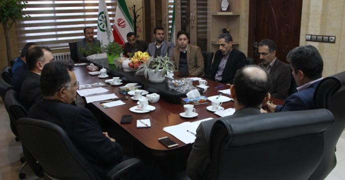 جلسه مشترک با مدیریت و روسای ادارات و مسئولین مراکز خدمات جهاد کشاورزی شهرستان رشت