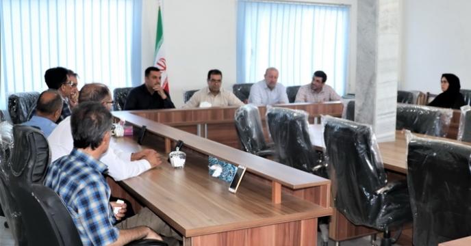 جلسه و نشست مدیر شرکت خدمات حمایتی کشاورزی استان آذربایجان غربی با همکاران