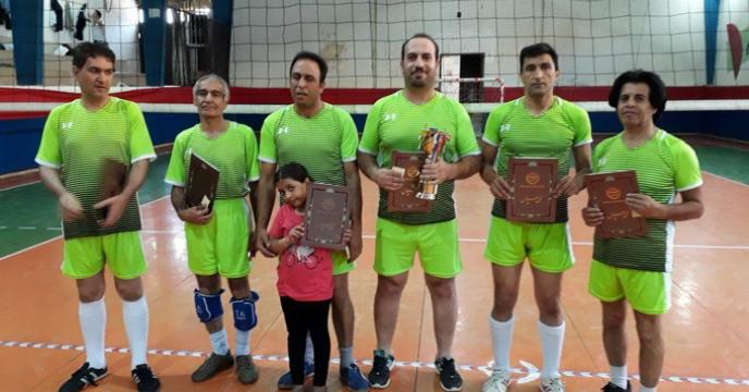 کسب مقام نایب قهرمانی تیم والیبال شرکت خدمات حمایتی کشاورزی استان اصفهان