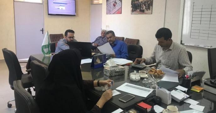 گزارش مناقصه بارگیری، حمل و تخلیه 8 هزار تن انواع نهاده های کشاورزی از مبدا انبارهای سازمانی استان به کلیه نقاط استان